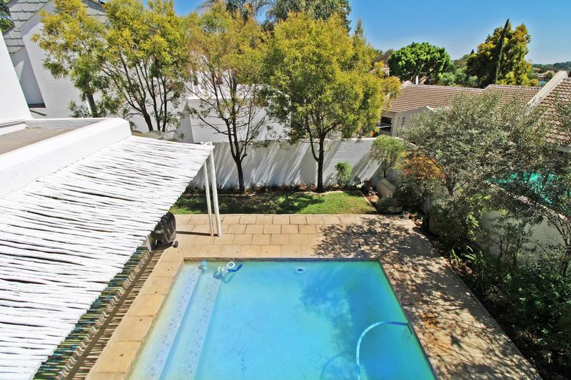 Property For Sale in Lonehill, Sandton 20