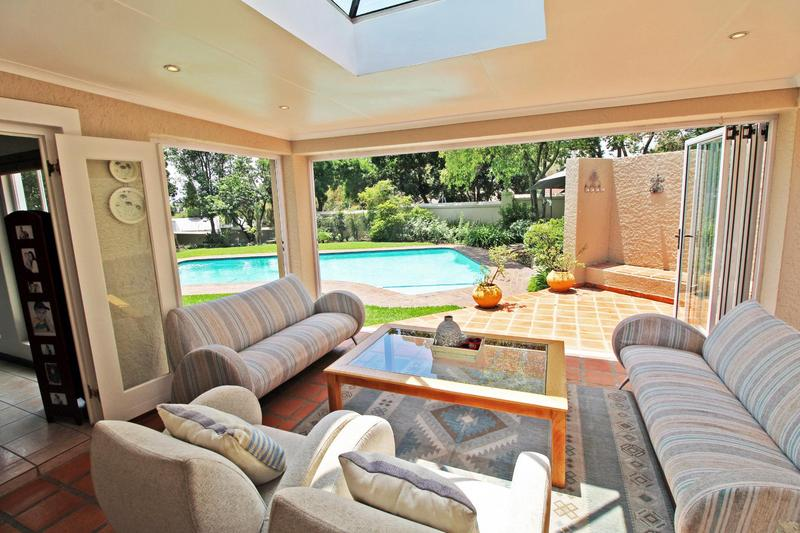 Property For Sale in Lonehill, Sandton 4