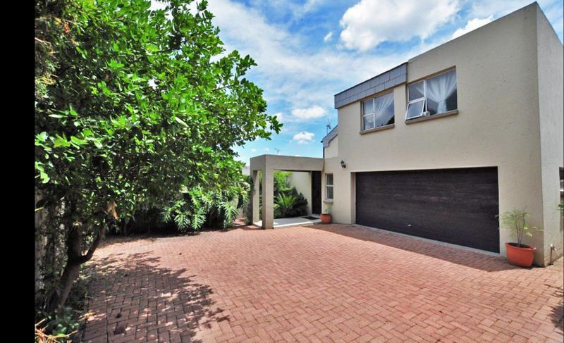 Property For Rent in Lonehill, Sandton 16