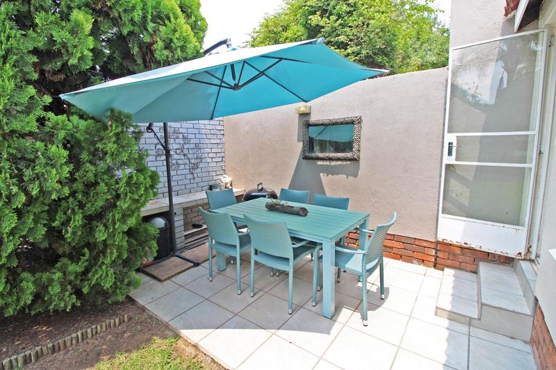 Property For Rent in Magaliessig, Sandton 11