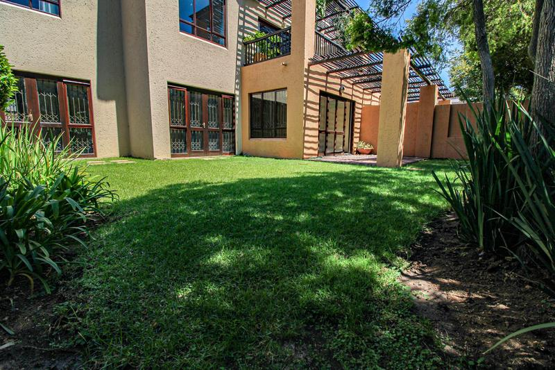 Property For Rent in Lonehill, Sandton 13